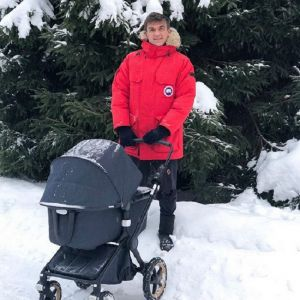 Подробнее: Влад Топалов озвучил имя сына на шоу Андрея Малахова