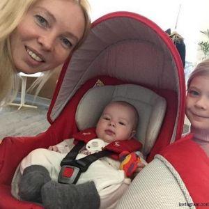 Подробнее: Алексей Ягудин и Татьяна Тотьмянина празднуют первый юбилей младшей дочери