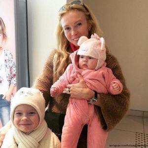 Подробнее: Татьяна Тотьмянина и Алексей Ягудин отметили маленький юбилей Мишель