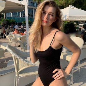 Подробнее: Анастасия Уколова развод с мужем превратила в праздник