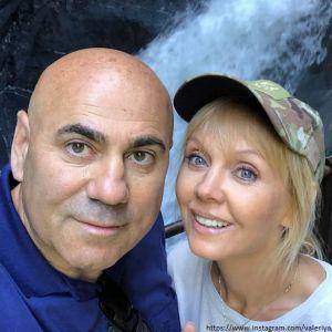 Подробнее: Муж Валерии поделился фото жены в купальнике