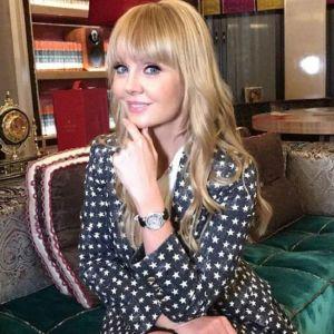 Подробнее: Певица Валерия чудом спасла свое лицо от рук пластического хирурга