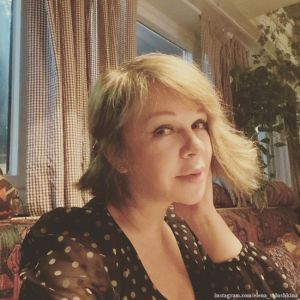 Подробнее: Елена Валюшкина сменила имидж на самоизоляции