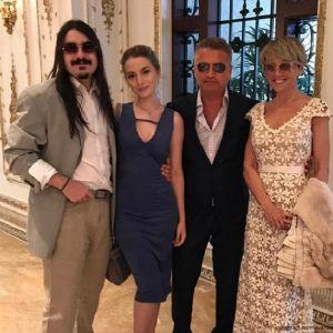 Подробнее: Анжелика Варум не хочет свадьбы дочери