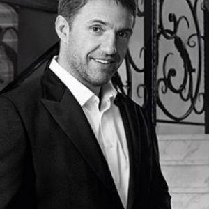 Подробнее: Владимир Вдовиченков признался, что его тяготит слава после сериала «Бригада»