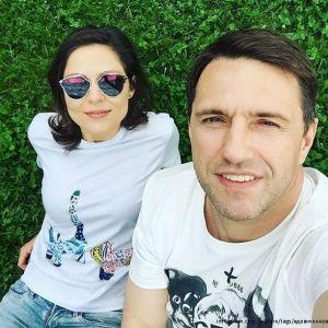 Подробнее: Владимир Вдовиченков пригласил на прогулку по центру Москвы  Елену  Лядову и дочь Веронику