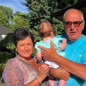 Подробнее: Эммануил Виторган поделился фото с подросшей дочерью Этель