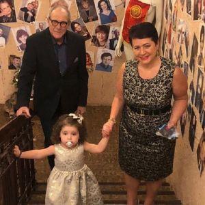 Подробнее: Эммануил Виторган показал своих подросших дочек