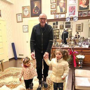 Подробнее: Эммануил Виторган отвел 3-летнюю дочь в детский сад
