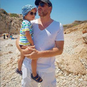 Подробнее: Максим Виторган с детьми и возлюбленной остался без денег на Кипре