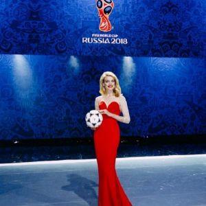 Подробнее: Наталья Водянова - официальный посол мирового чемпионата по футболу 2018 года