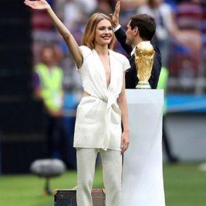 Подробнее: Наталья Водянова пообещала миллион на развитие футбола, если Россия победит  Испанию