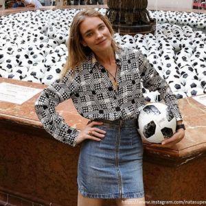 Подробнее: Наталья Водянова показала совместное фото с дочерью в купальниках