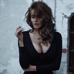 Подробнее: Беременная Алена Водонаева сфотографировалась голой