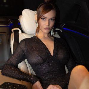 Подробнее: Алена Водонаева в сексуальном боди показала прелести своей фигуры