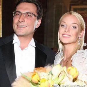 Подробнее: Телеведущая Елена Николаева готовится выйти замуж за бывшего мужа Волочковой