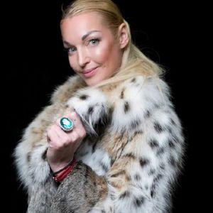 Подробнее: Анастасия Волочкова отменила свадьбу 20 октября
