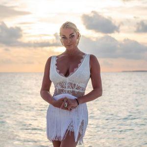 Подробнее: Анастасия Волочкова снялась обнаженной на пляже