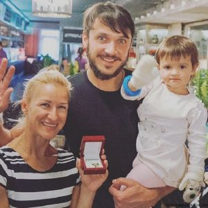 Подробнее: Татьяна Волосожар показала, как готовится с дочкой к Новому году