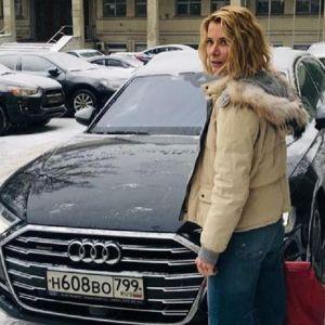 Подробнее: Юлия Высоцкая поделилась редкими фото из молодости