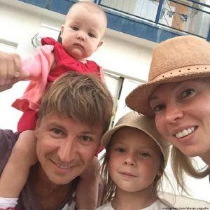 Подробнее: Алексею Ягудину пришлось поволноваться за свою жену