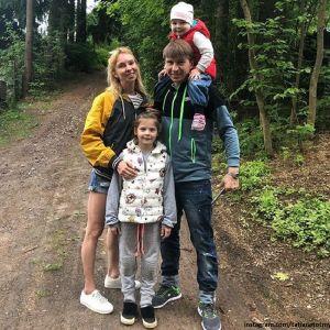 Подробнее: Алексей Ягудин рассказал об ущербе, который нанес его жене один из членов семьи