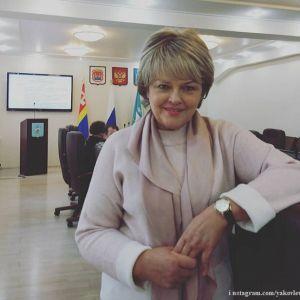 Подробнее: Александра Яковлева не стесняется показывать лысую голову после химиотерапии