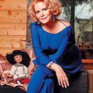 Подробнее: Алена Яковлева сама сумела построить загородный дом