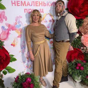 Подробнее: Сын Елены Яковлевой не выдержал ревности и подал на развод