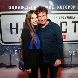 Подробнее: Александр Яценко  вышел в свет с новой женой