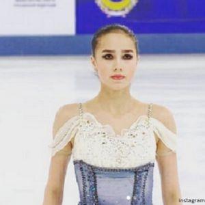 Подробнее:  Алина Загитова доводила себя до истощения перед Олимпиадой