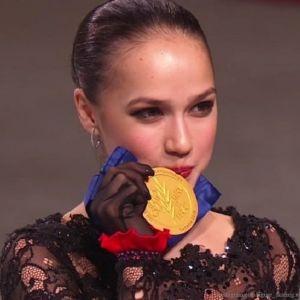 Подробнее: 16-летняя Алина Загитова впервые стала чемпионкой мира