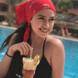 Подробнее: Алина Загитова поделилась пляжными кадрами в купальнике с отдыха в Египте