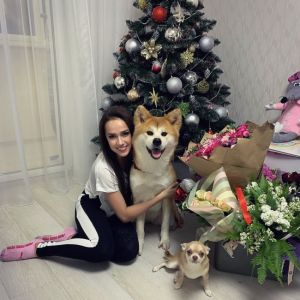 Подробнее: Алина Загитова подарила 13-летней сестре дорогой айфон