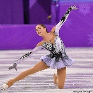 Подробнее: Алина Загитова уступила итальянке Каролине Костнер в короткой программе