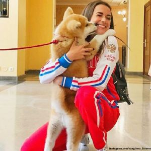 Подробнее: Алине Загитовой подарили щенка акита-ину за золото на Олимпиаде