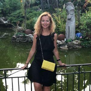 Подробнее: Елена Захарова показала себя без фильтров и макияжа