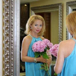 Подробнее: По слухам отец будущего ребенка актрисы Елены Захаровой не свободен