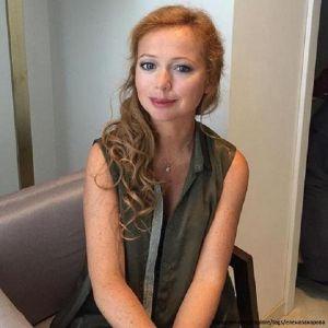 Подробнее: Беременная Елена Захарова больше не скрывает своего положения
