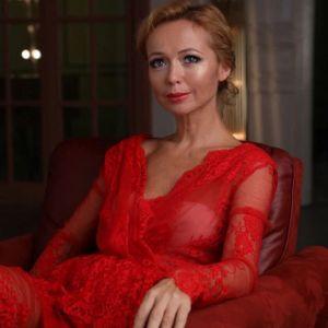 Подробнее: Елена Захарова спровоцировала разговоры о своей беременности