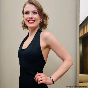 Подробнее: Софья Эрнст рассказала о реакции мужа на съемки во время беременности