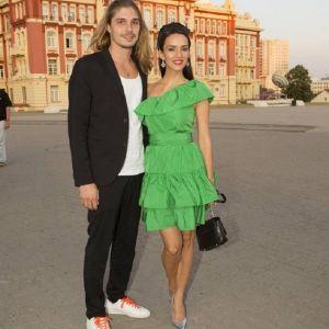 Подробнее: Юлия Зимина впервые приехала на кинофестиваль с мужем