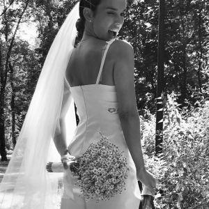 Подробнее: Кадрами со свадьбы Юлии Зиминой поделилась ее подруга - Лариса Гузеева