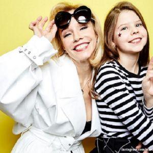 Подробнее: Марина Зудина растрогала поклонников нежным снимком 15-летней Марии Табаковой