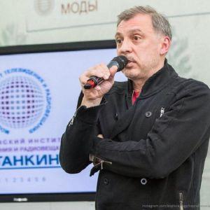 Подробнее:  Сергей Чонишвили признался в попытке самоубийства