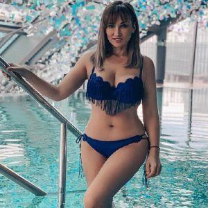 Подробнее: Анфиса Чехова показала фигуру в сексуальном купальнике