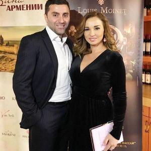 Подробнее: Анфиса Чехова пошутила, что Ольга Бузова с мужем приторно-сладкая парочка
